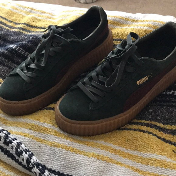 competitive price 9c1ce 61df8 Fenty puma creepers green
